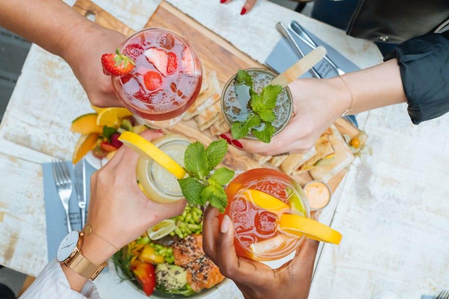 https://www.leparadisdufruit.fr/wp-content/uploads/2020/06/Cocktails-3.jpg